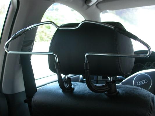 WALSER Autokleiderbügel Halterung