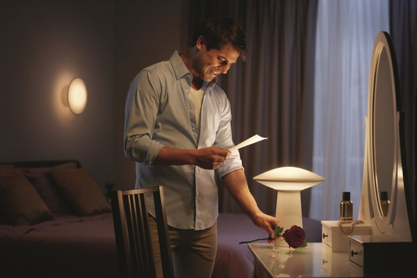 Philips hue Lampada da tavolo Phoenix