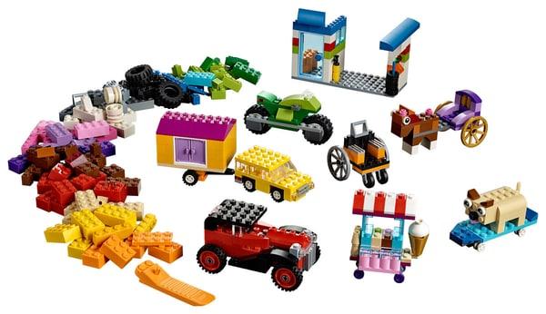 Lego Classic 10715 Mattoncini Su Ruote