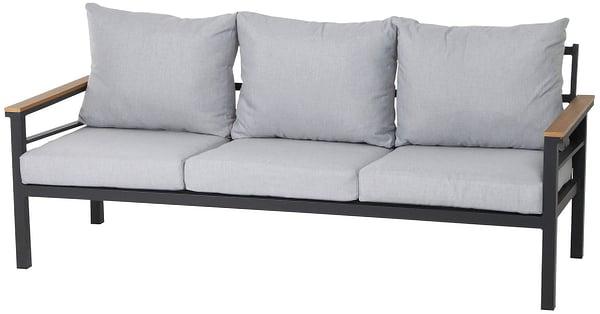 AURORA Ensemble lounge