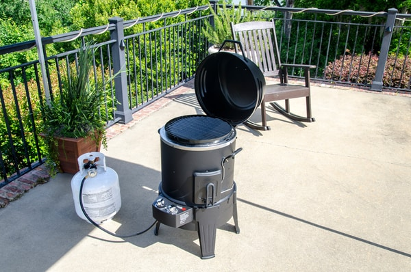 charbroil gasgrill big easy smoker roaster und grill migros. Black Bedroom Furniture Sets. Home Design Ideas