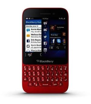 BLACKBERRY Q5 QWERTZ rot Mobiltelefon
