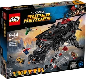 DC Universe Super Heroes Flying Fox: Batmobil-Attacke aus der Luf 76087