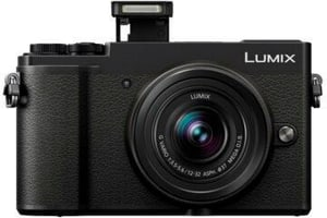 Lumix GX9 + 12-32mm