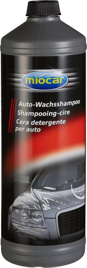 Cera detergente per auto
