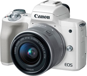 EOS M50 + EF-M 15-45mm blanche