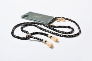 Etuui Chaîne de téléphone portable Lou iPhone 12 / 12 Pro black / white