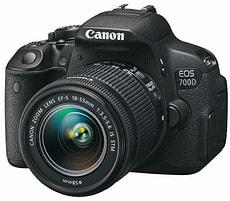 EOS 700D EF-S 18-55mm IS STM Spiegelreflexkamera (inkl. Tasche + Zusatzakku)