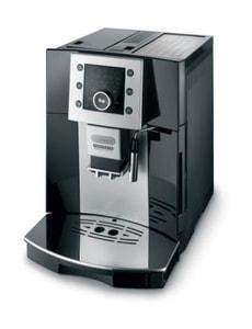 L-MACHINE A CAFE AUTOMATIQUE ESAM 5400 P