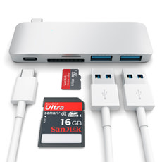 USB-C Combo Hub