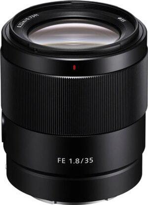 Sony FE 35mm f / 1.8