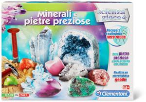 Clemetoni Kristalle fluoreszierend