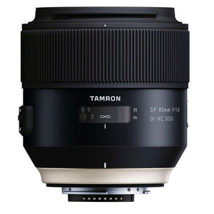 SP85mm f / 1.8 Di VC USD per Canon
