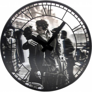 Horloge Murale Embrasse-Moi à Paris Durchme