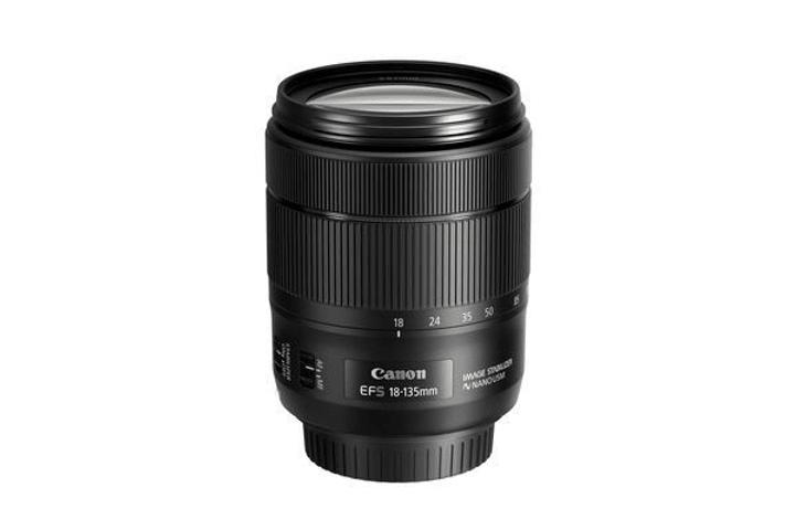 EF-S 18-135mm F/3.5-5.6 IS USM obiettivo Canon 785300125867 N. figura 1