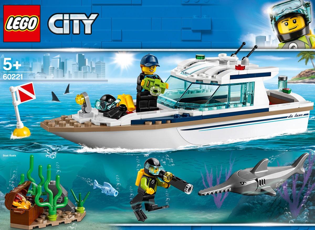 LEGO City 60221 Le yacht de plon