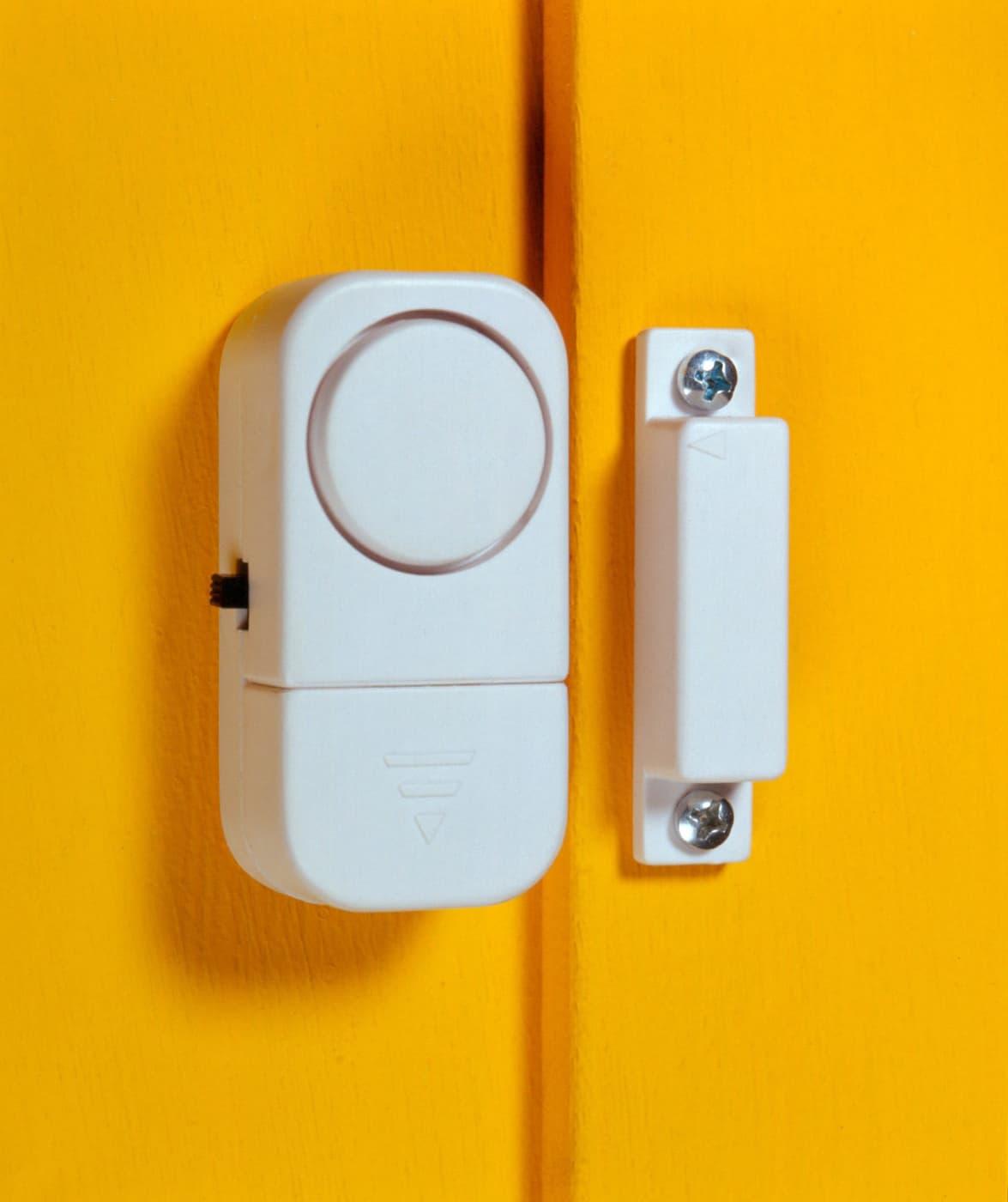 pentatech alarme pour fen tre dg 1 migros. Black Bedroom Furniture Sets. Home Design Ideas