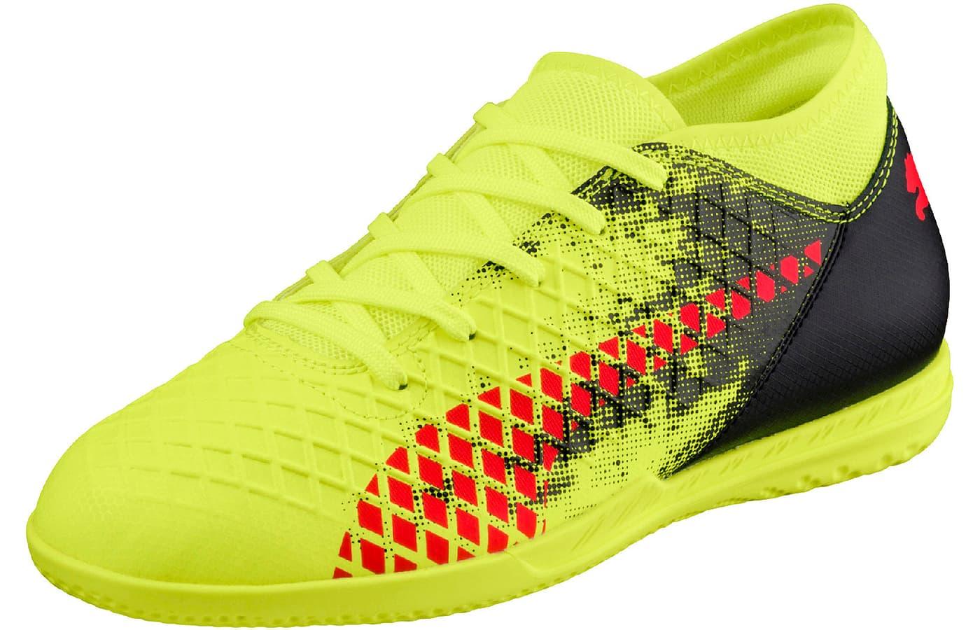 chaussures de foot enfants puma