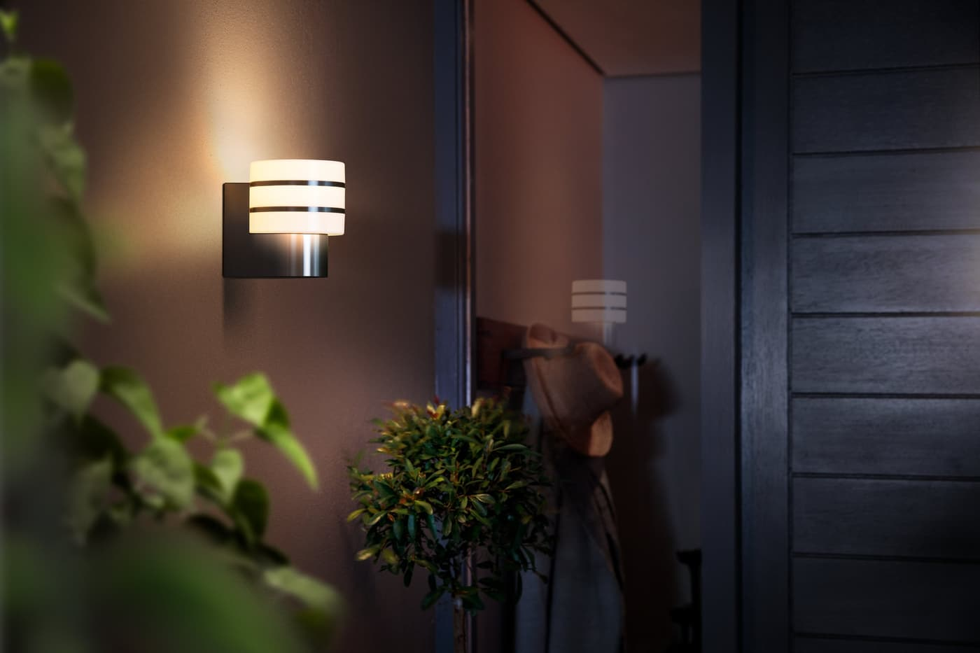 Philips hue outdoor applique tuar migros