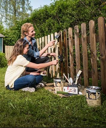 Peindre une clôture