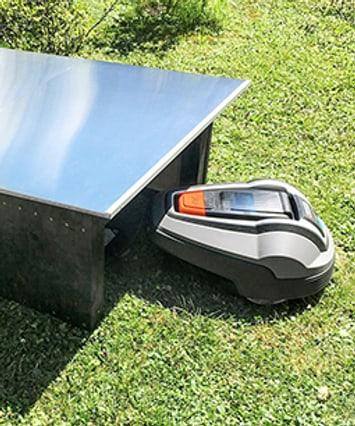 Blog: Eine Garage für den Roboter-Rasenmäher