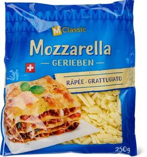 M-Classic Mozzarella gerieben